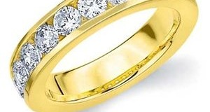 14k Yellow Gold Channel Set Diamond Wedding Anniversary Band (.50 cttw, H-I Color, SI1-SI2 Clarity) RING SIZE 7.5