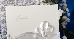 Interlocking hearts design wedding guest book, 1 piece