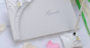 Remedios Boutique 2-Piece Bridal Accessory Set of Ivory Jaffaite Lily Guest Book and Pen with Pen Holder